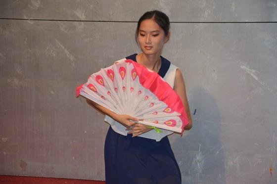 青年志愿者协会七周年庆晚会完满成功